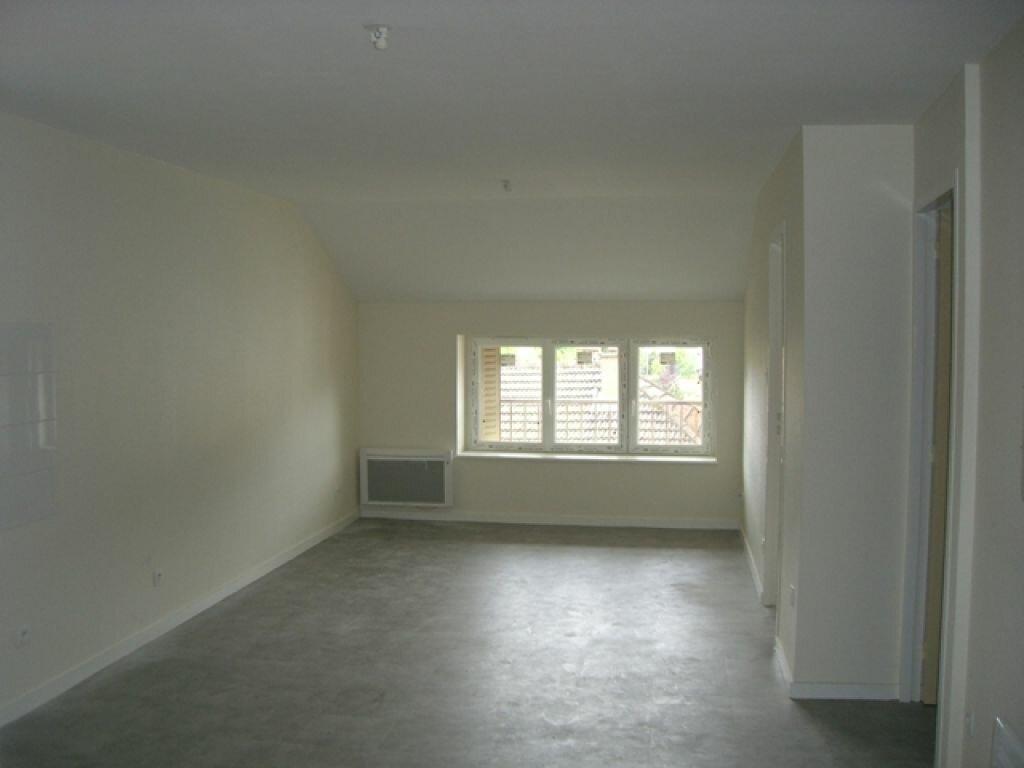 Location Appartement 4 pièces à Vonnas - vignette-2