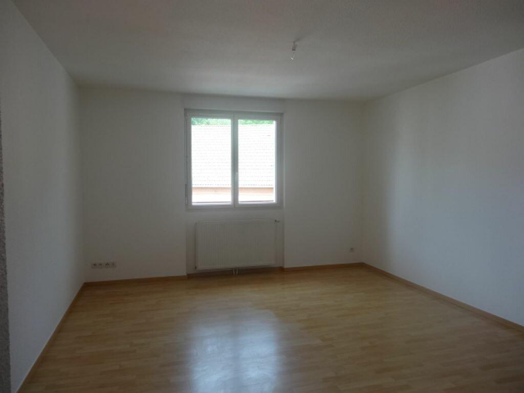 Location Appartement 3 pièces à Hauteville-Lompnes - vignette-4