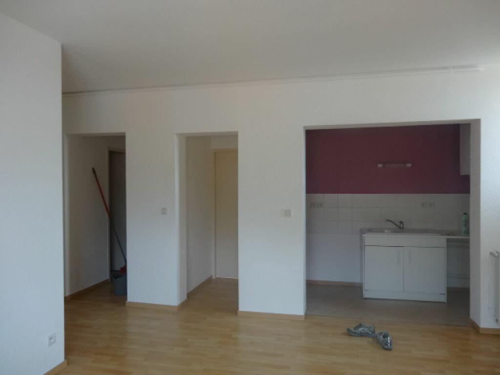 Location Appartement 3 pièces à Hauteville-Lompnes - vignette-5