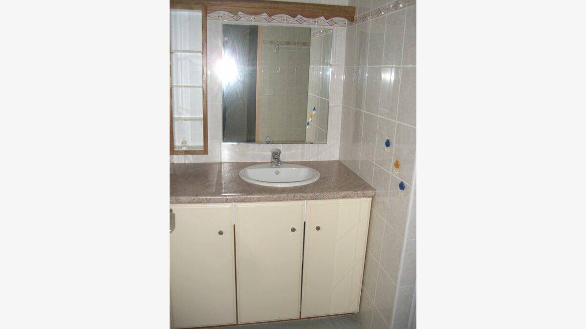 Location Appartement 3 pièces à Val-d'Épy - vignette-3