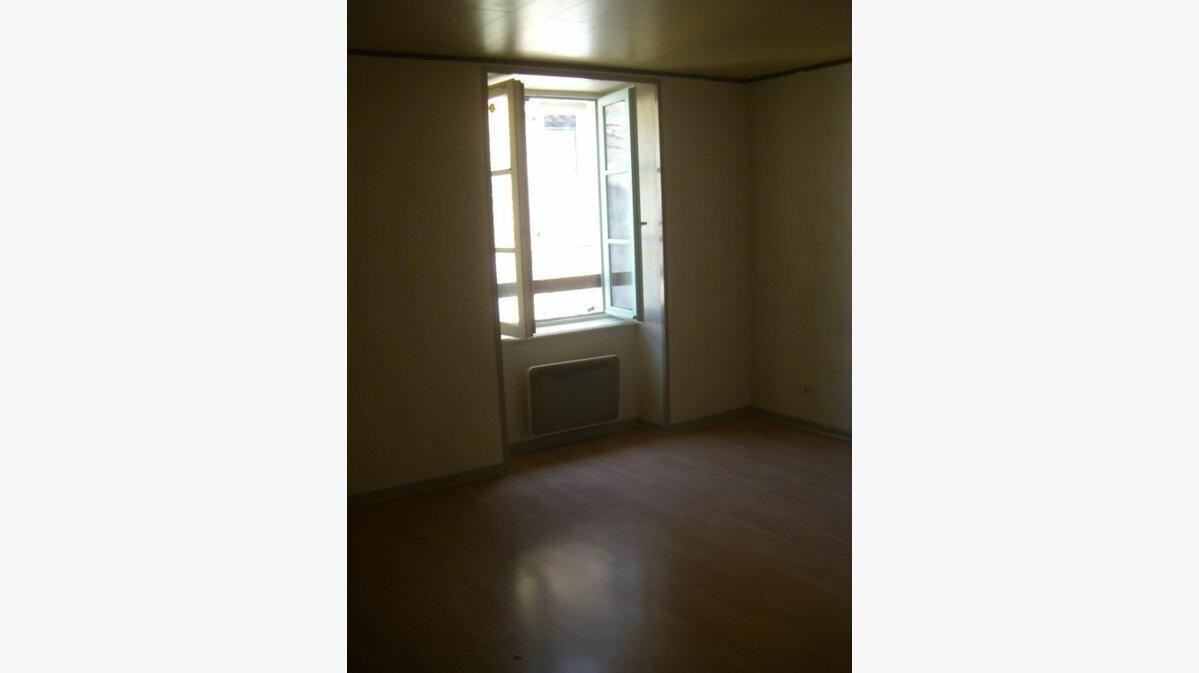 Location Appartement 4 pièces à Val-d'Épy - vignette-5