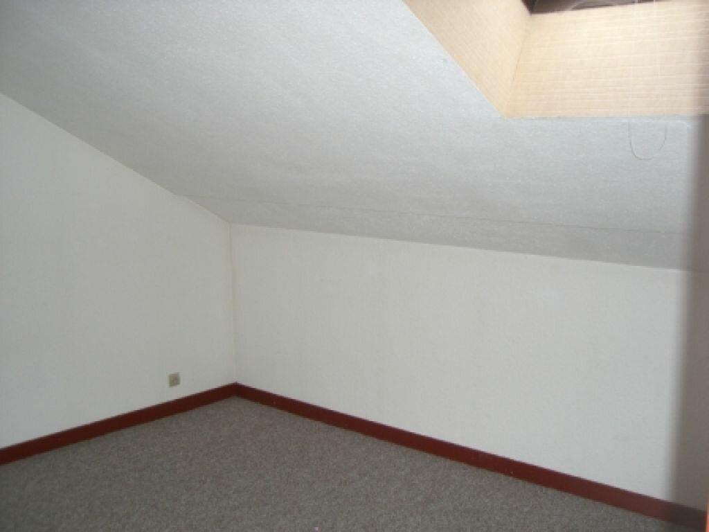Location Appartement 4 pièces à Hauteville-Lompnes - vignette-5