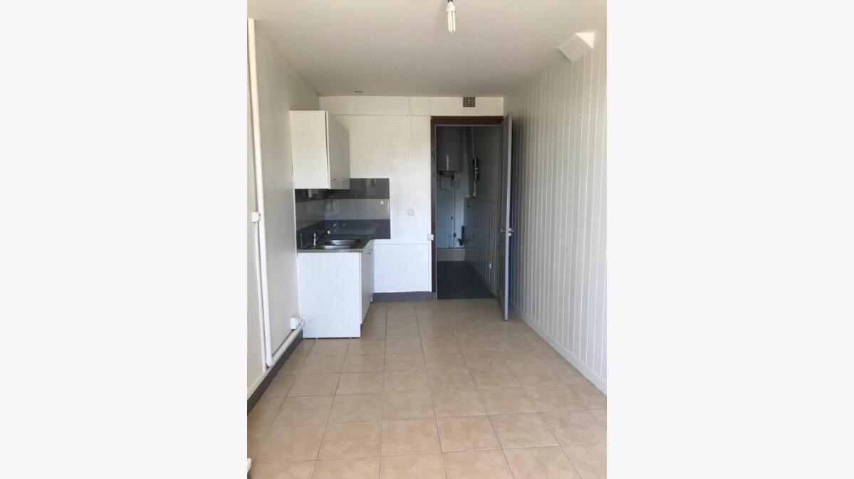 Location Appartement 3 pièces à Hauteville-Lompnes - vignette-1