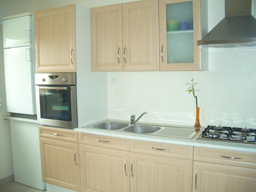 Location Appartement 2 pièces à Attignat - vignette-1