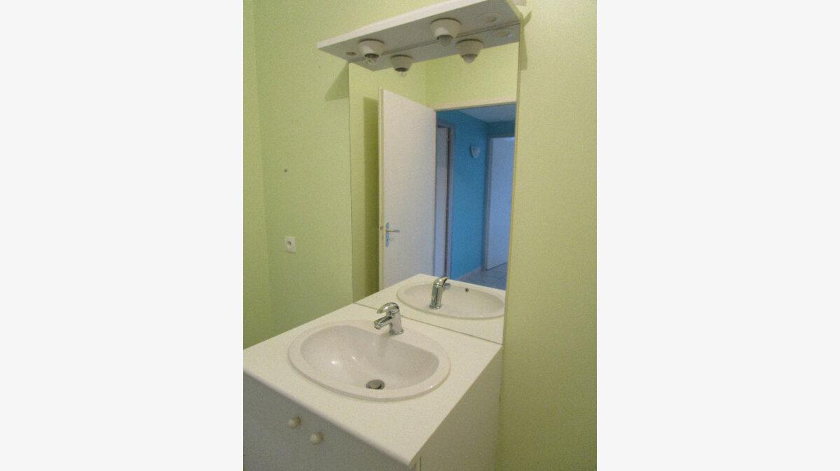 Location Appartement 2 pièces à Attignat - vignette-3