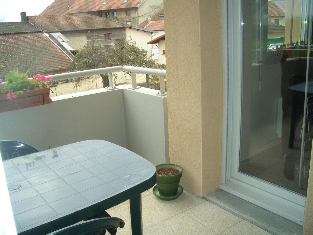 Location Appartement 2 pièces à Attignat - vignette-4