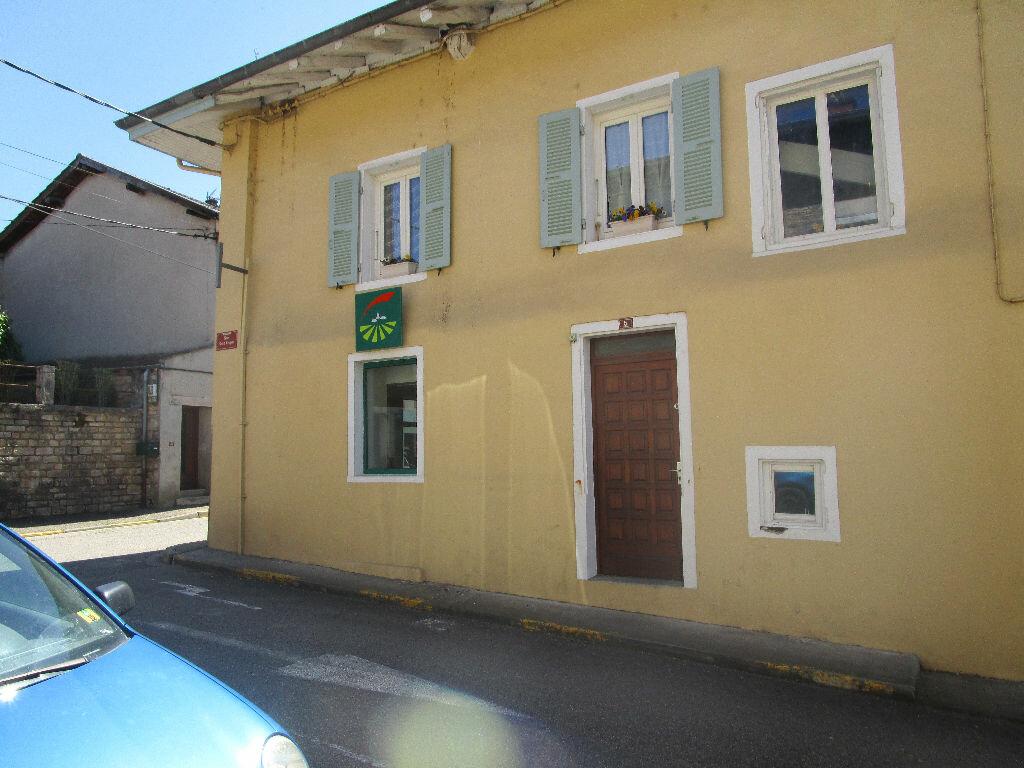 Location Appartement 2 pièces à Marboz - vignette-1
