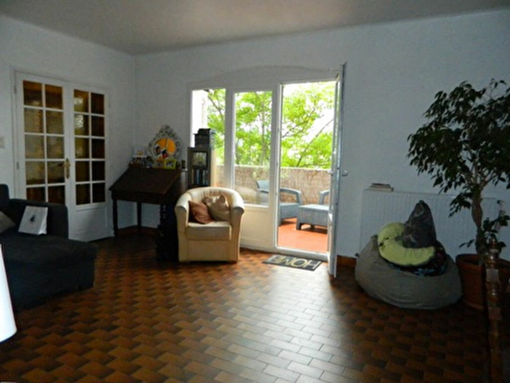 Location Maison 5 pièces à Roquevaire - vignette-1