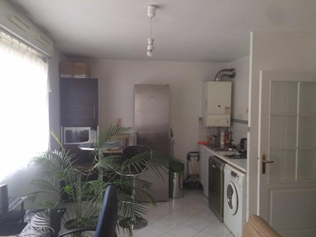 Location Appartement 1 pièce à Aubagne - vignette-1