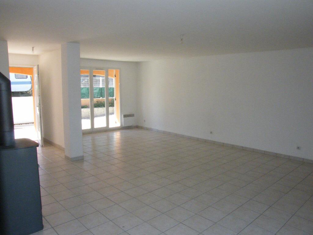 Location Maison 4 pièces à La Destrousse - vignette-4