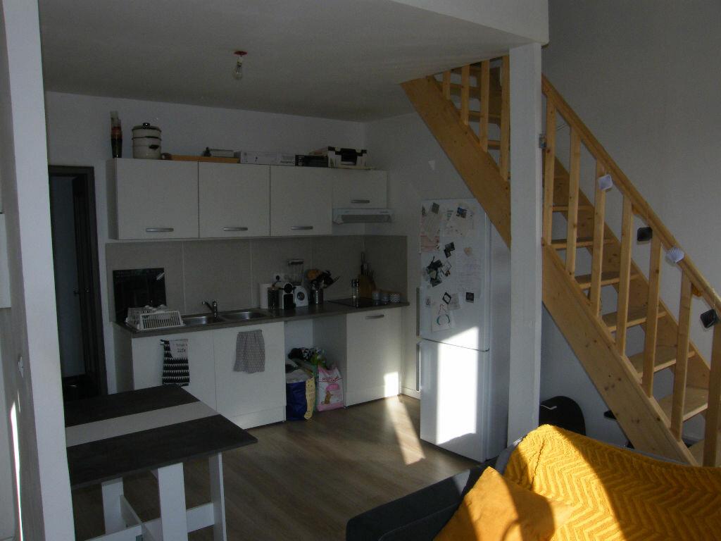 Location Appartement 2 pièces à Roquevaire - vignette-1