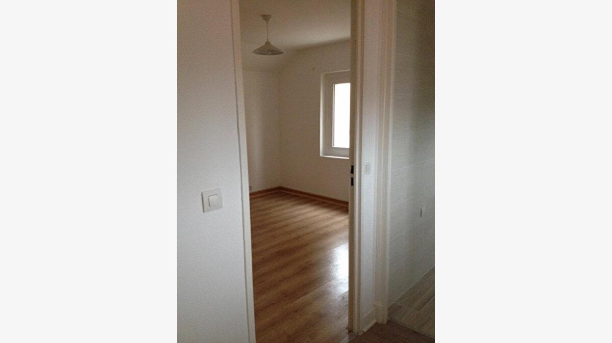 Achat Appartement 4 pièces à Romainville - vignette-5