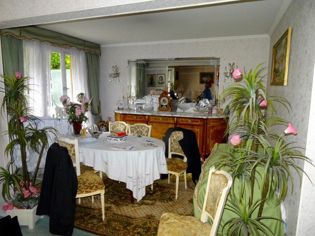 Achat Appartement 3 pièces à Noisy-le-Sec - vignette-1