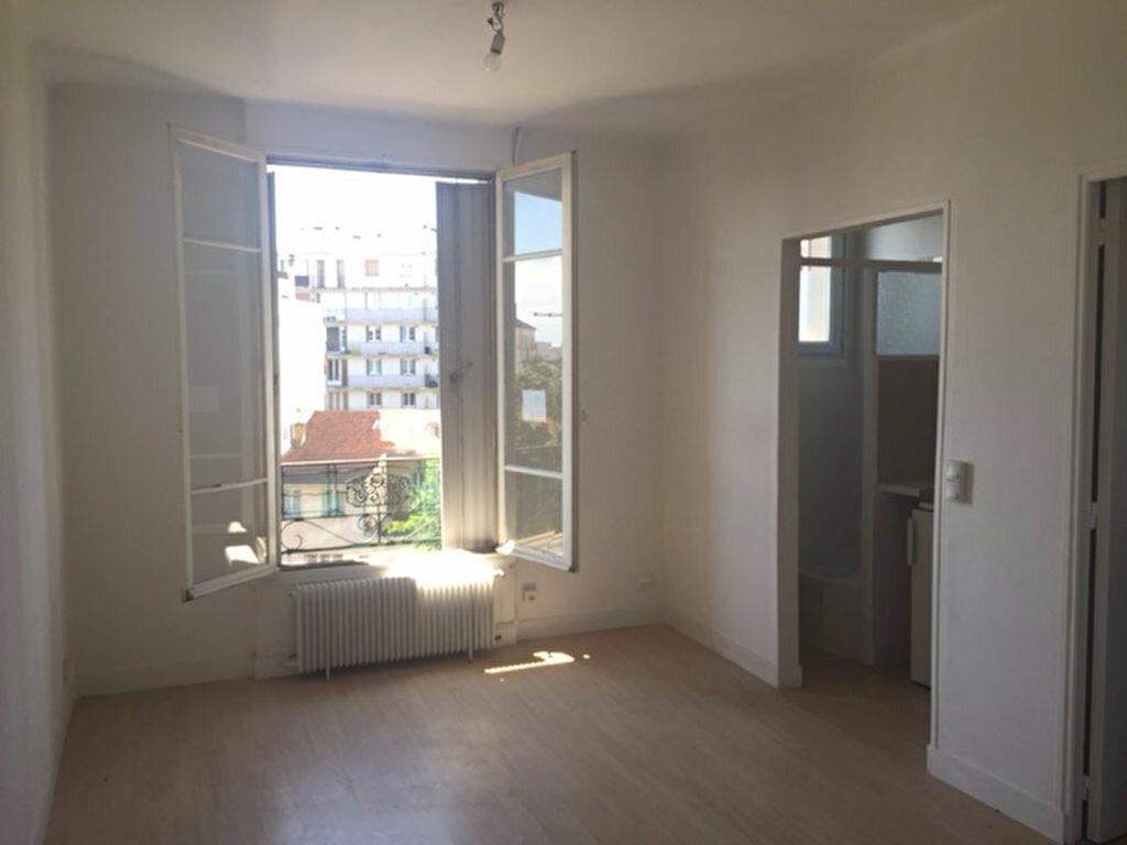 Achat Appartement 1 pièce à Romainville - vignette-1