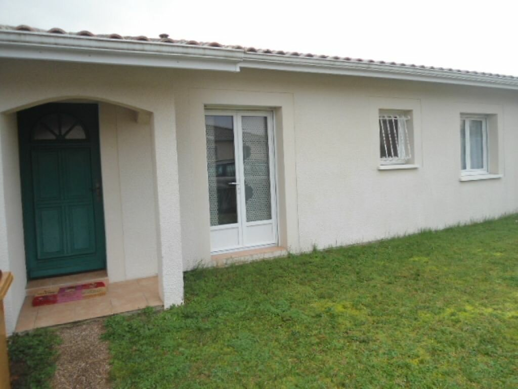 Location Maison 5 pièces à Cadillac-en-Fronsadais - vignette-1
