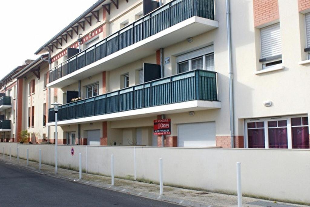 Location Appartement 3 pièces à Gujan-Mestras - vignette-1