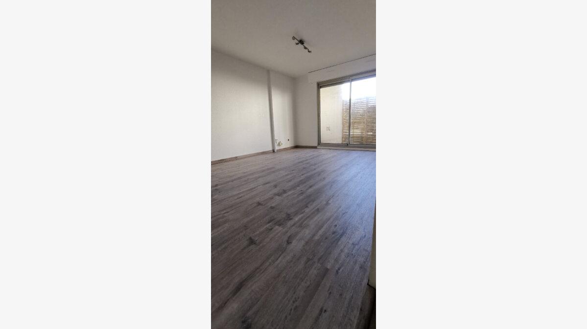 Location Appartement 3 pièces à Mérignac - vignette-1