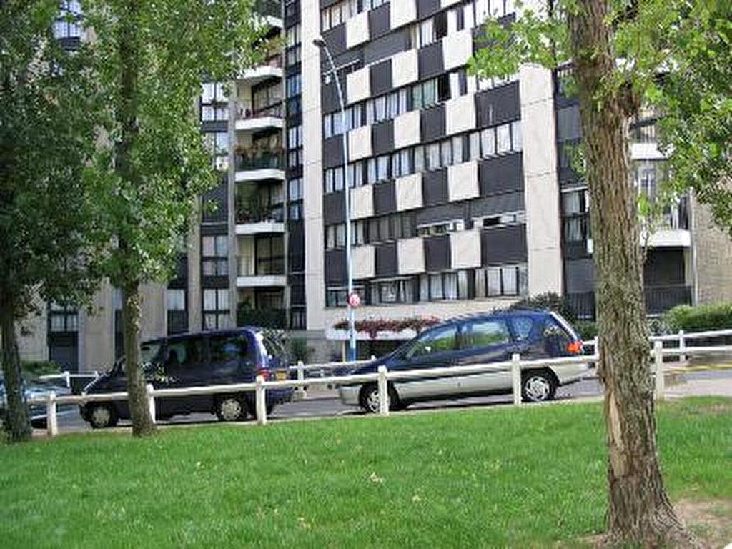 Achat Appartement 1 pièce à Grigny - vignette-1