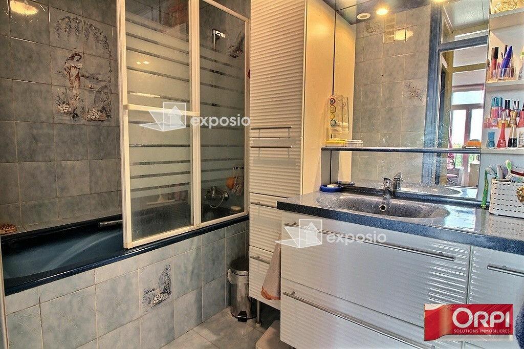 Achat Appartement 5 pièces à Ris-Orangis - vignette-6
