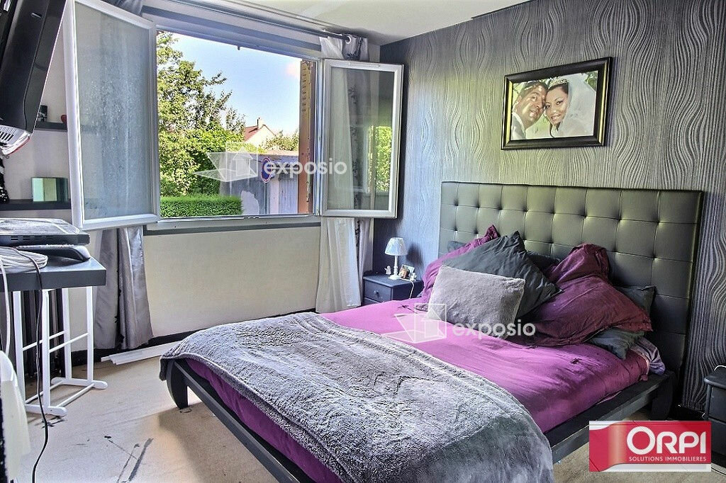 Achat Appartement 5 pièces à Ris-Orangis - vignette-4