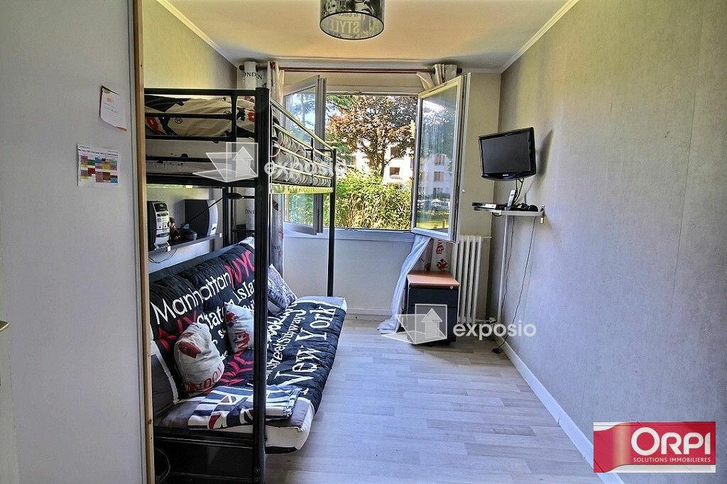 Achat Appartement 5 pièces à Ris-Orangis - vignette-5