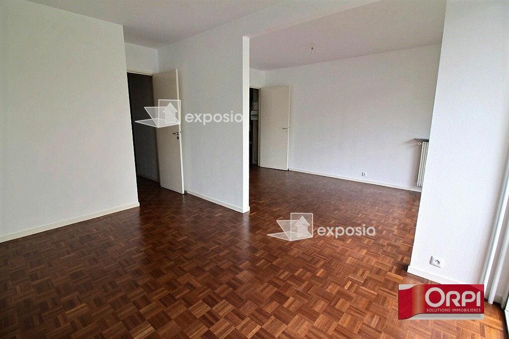 Achat Appartement 4 pièces à Ris-Orangis - vignette-3