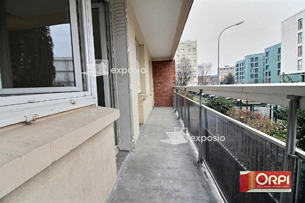 Achat Appartement 4 pièces à Ris-Orangis - vignette-2