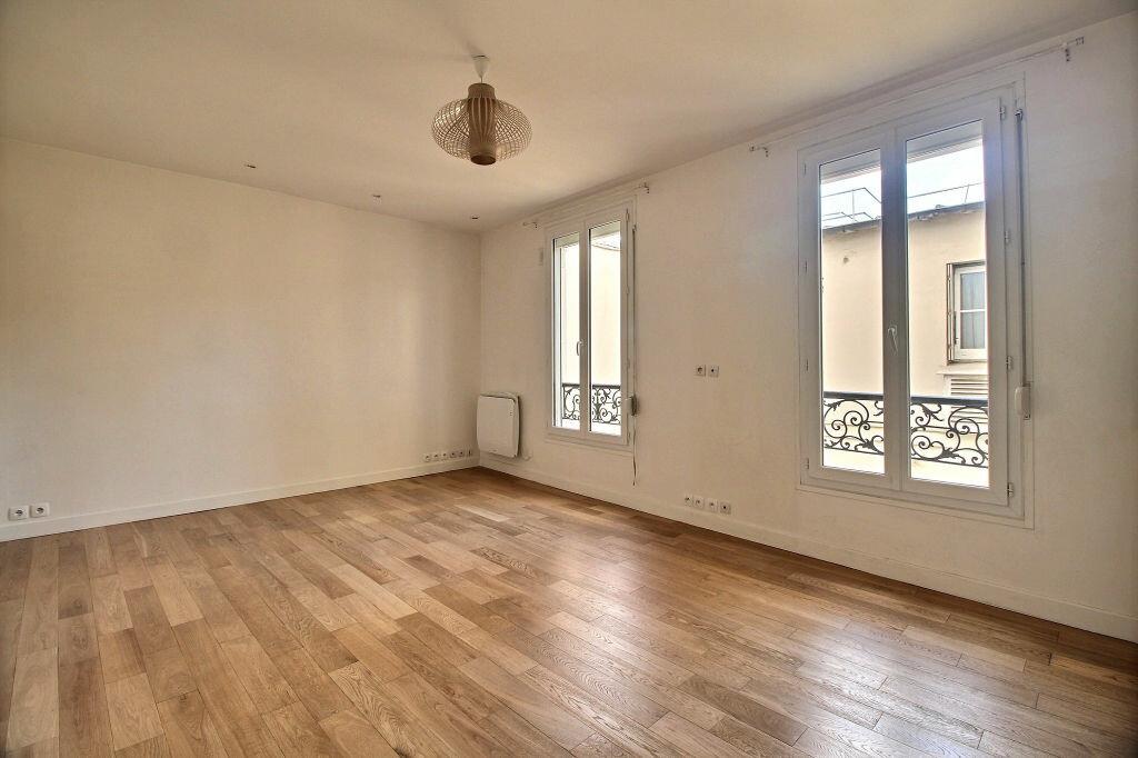 Location Appartement 2 pièces à Paris 14 - vignette-1