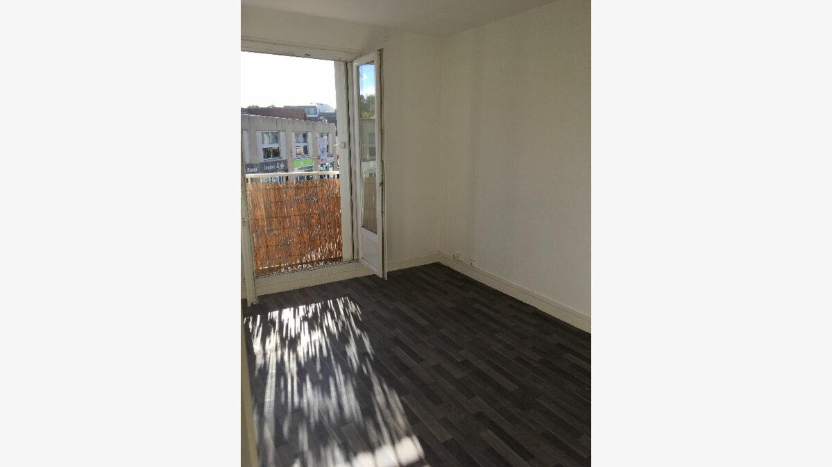 Location Appartement 2 pièces à Villepinte - vignette-1