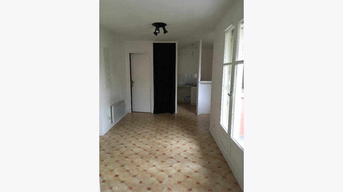 Location Appartement 1 pièce à Villeparisis - vignette-1