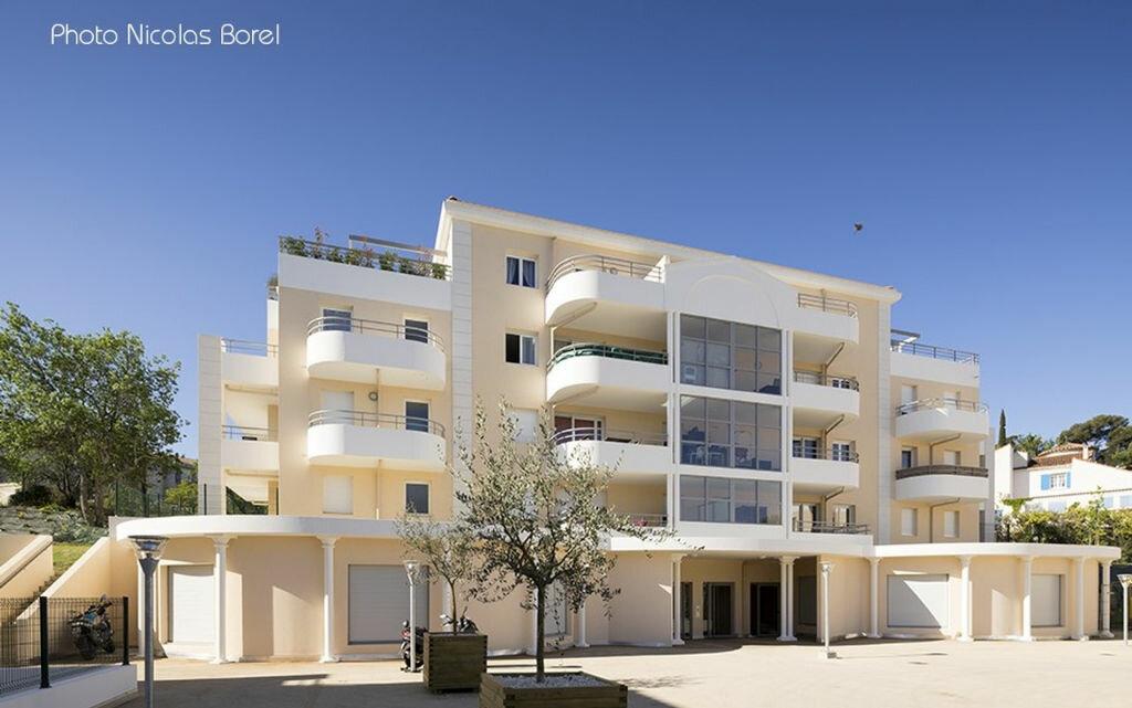 Location Appartement 4 pièces à Marseille 13 - vignette-1