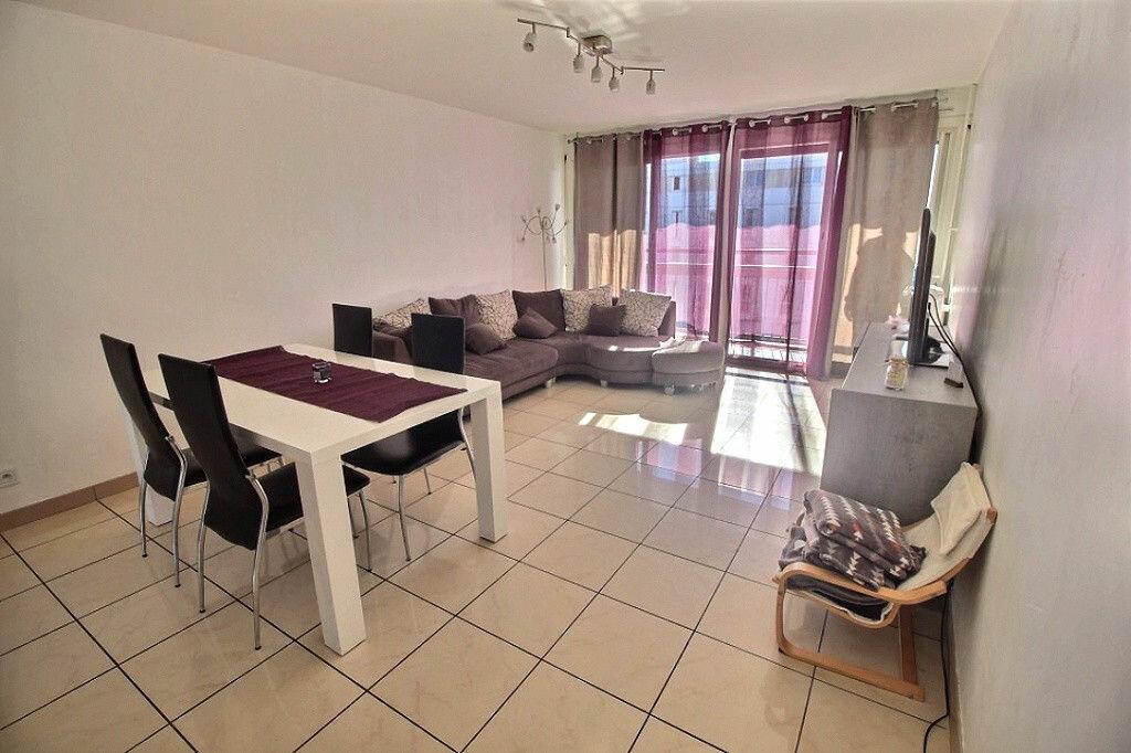 Achat Appartement 4 pièces à Marseille 13 - vignette-3