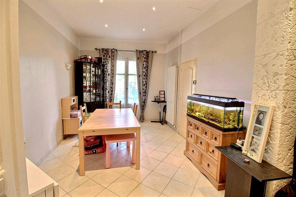 Achat Appartement 3 pièces à Marseille 11 - vignette-13