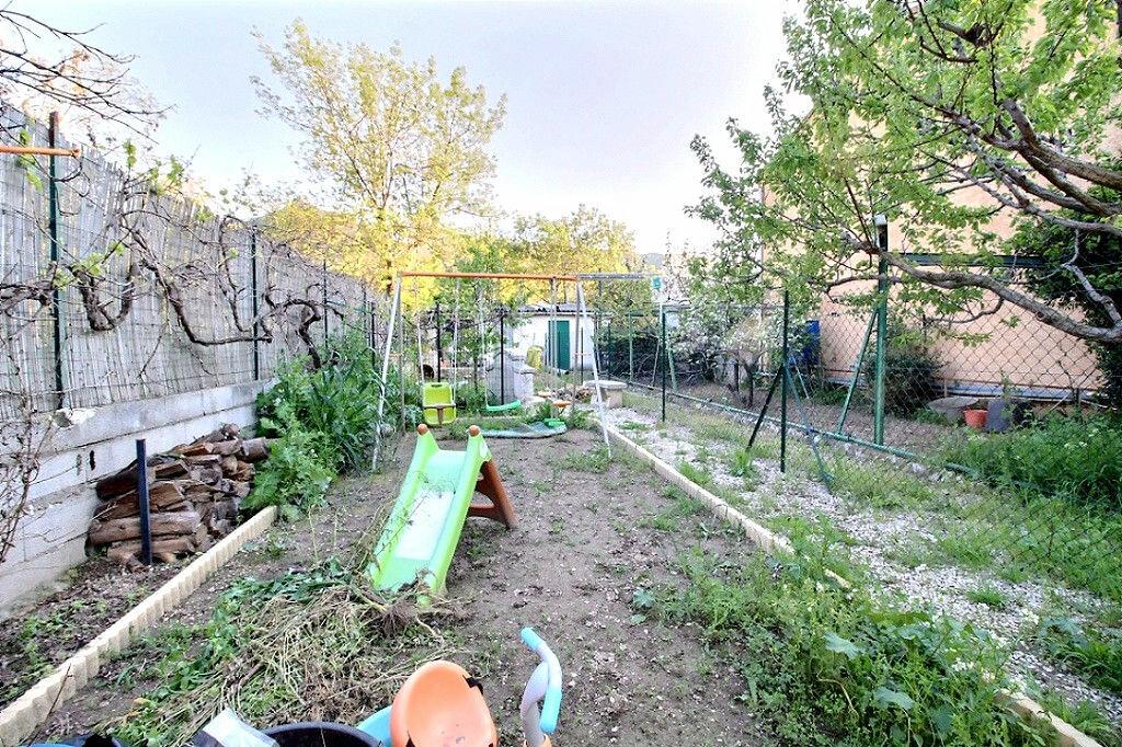 Achat Appartement 3 pièces à Marseille 11 - vignette-16