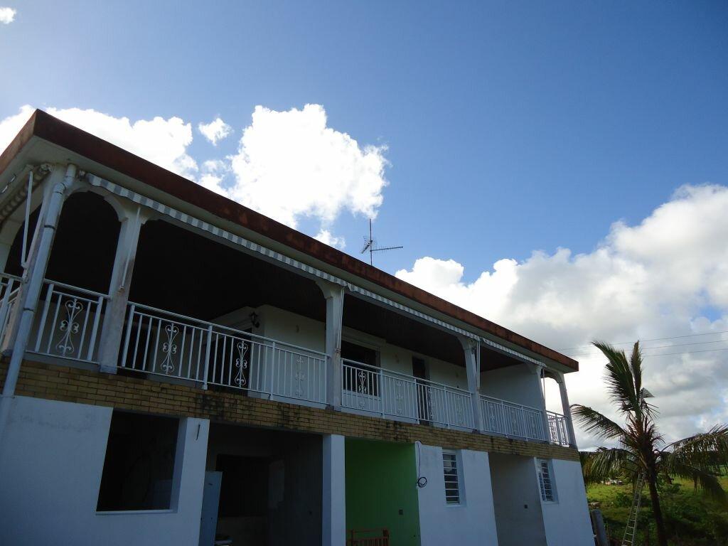 Location Appartement 6 pièces à Saint-Joseph - vignette-1