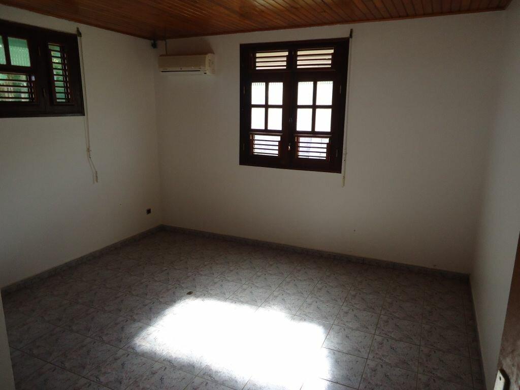 Location Appartement 6 pièces à Saint-Joseph - vignette-6