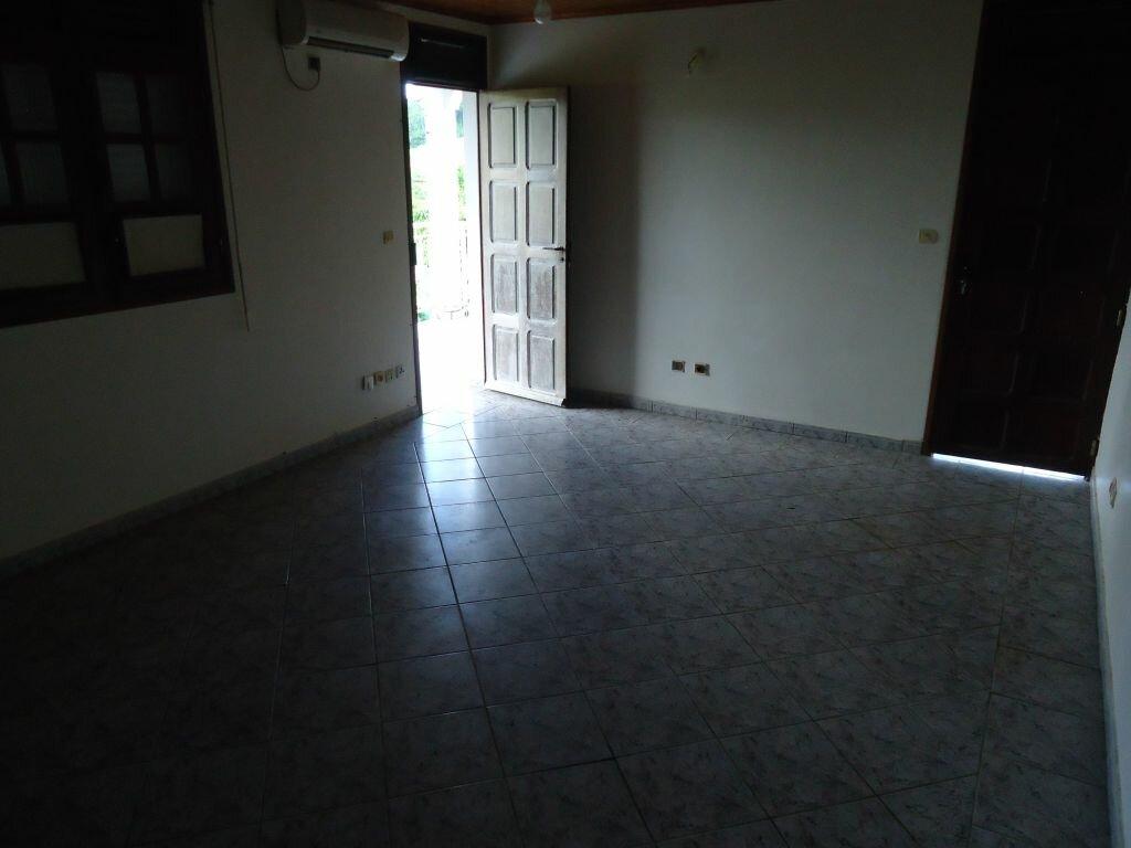 Location Appartement 6 pièces à Saint-Joseph - vignette-10