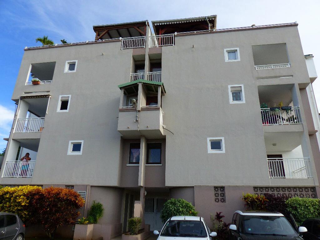 Achat Appartement 1 pièce à Ducos - vignette-1