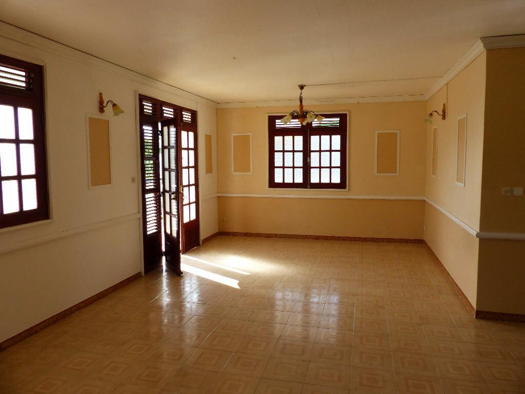 Achat Appartement 4 pièces à Le Lamentin - vignette-5