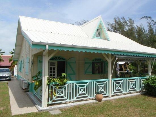 Location Maison 6 pièces à La Trinité - vignette-1