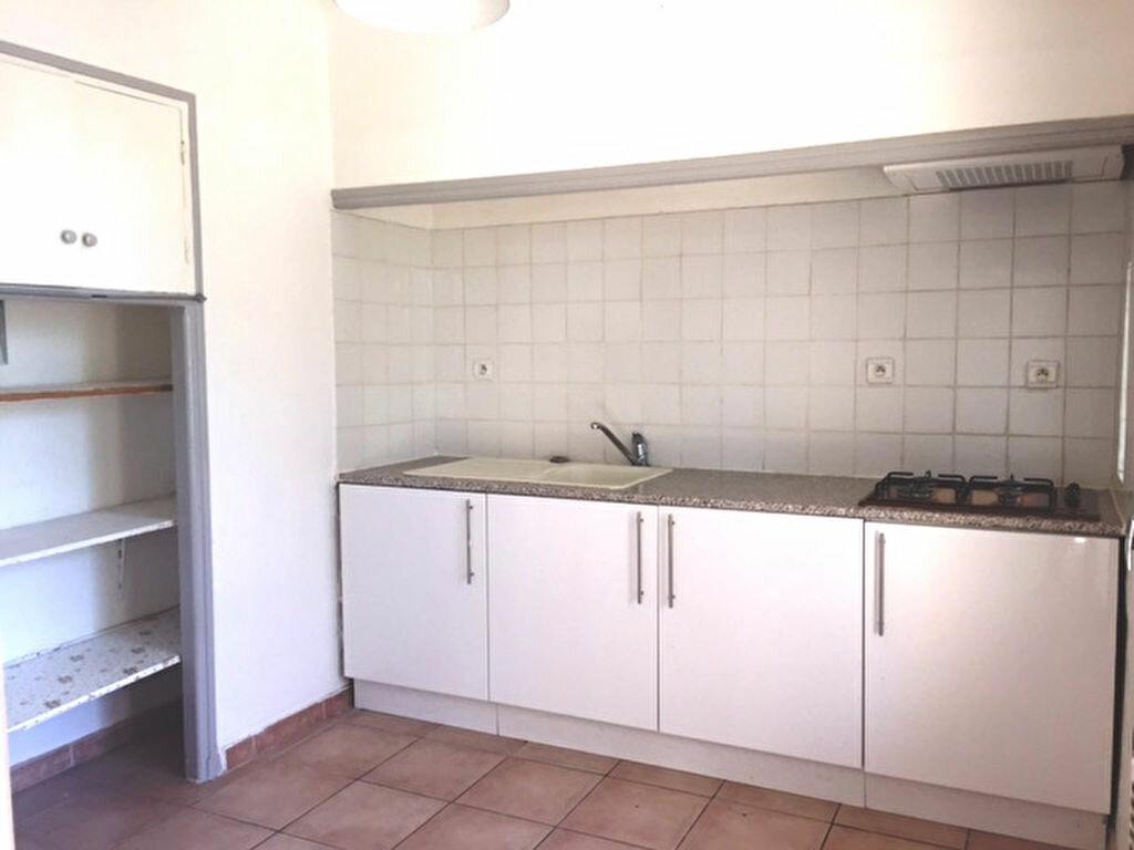 Achat Appartement 4 pièces à Le Pontet - vignette-3