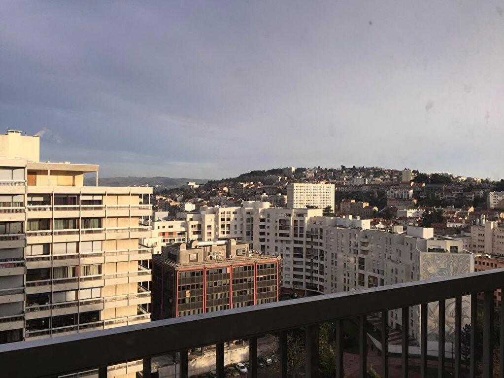 Location Appartement 2 pièces à Saint-Étienne - vignette-1