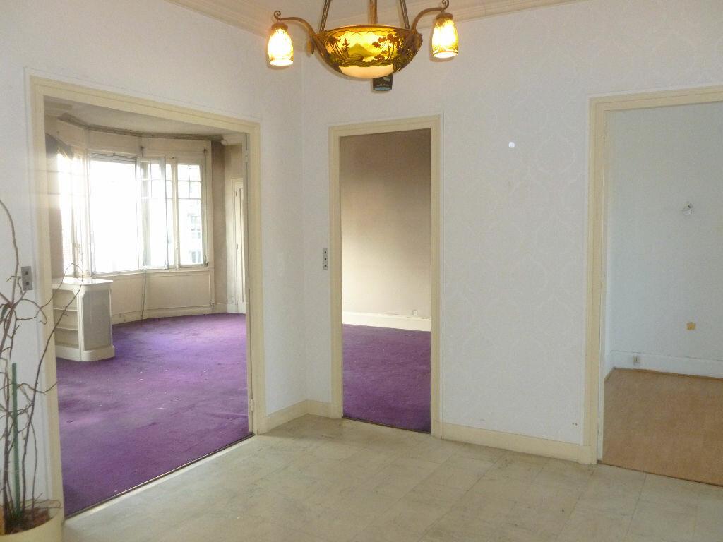 Achat Appartement 4 pièces à Saint-Étienne - vignette-2