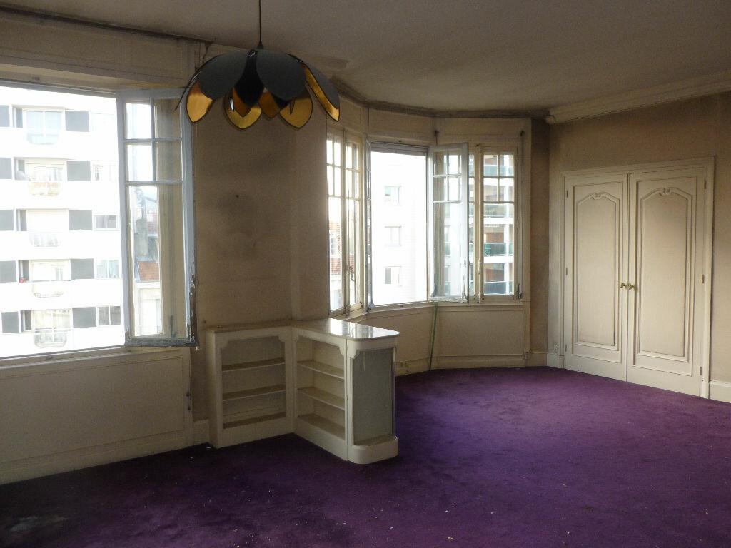 Achat Appartement 4 pièces à Saint-Étienne - vignette-3