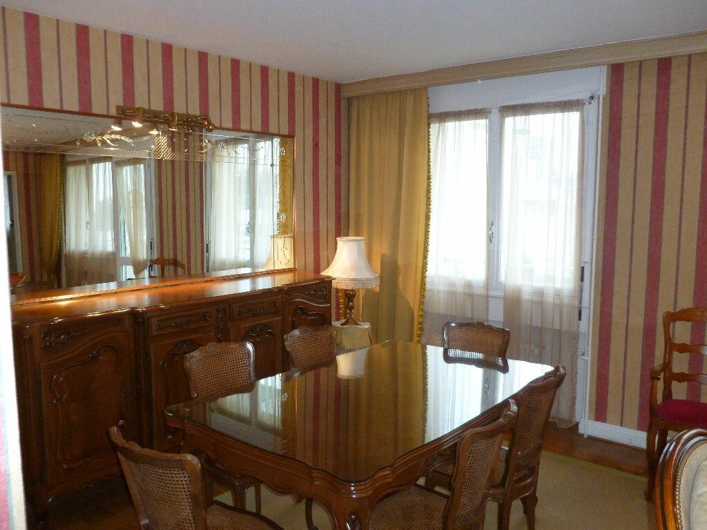 Achat Appartement 3 pièces à Saint-Étienne - vignette-4