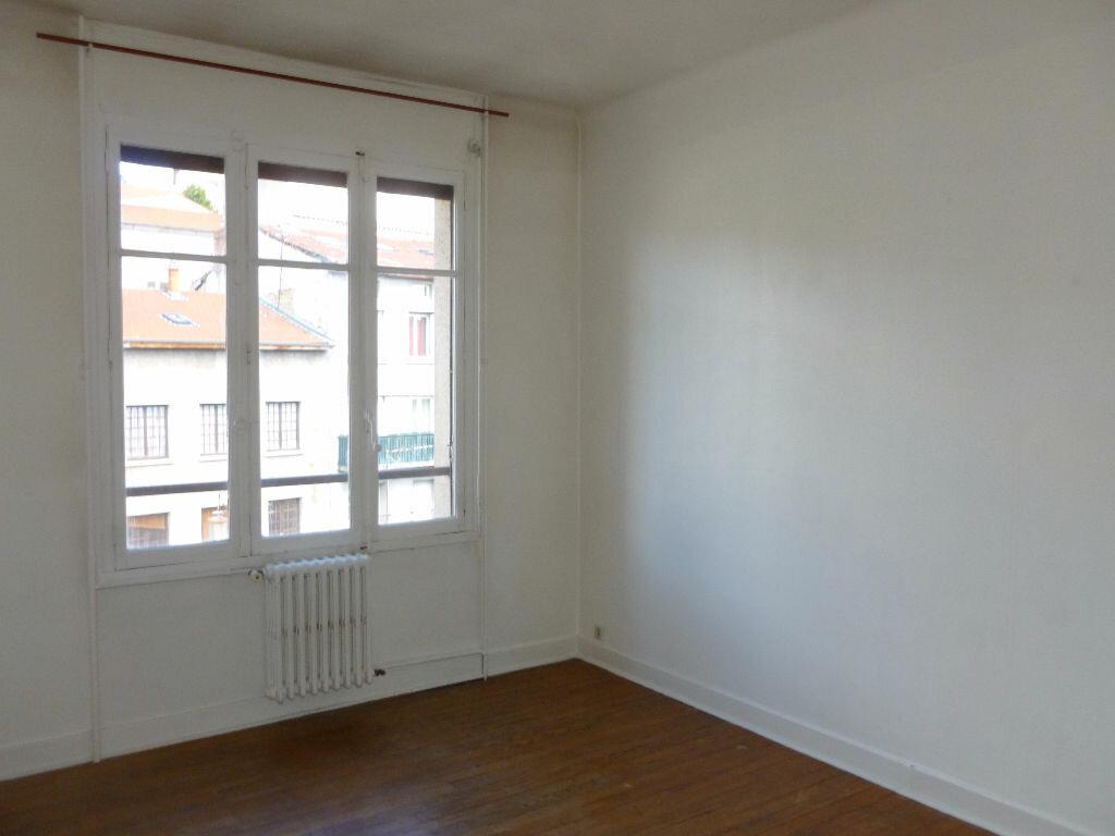 Achat Appartement 2 pièces à Saint-Étienne - vignette-4