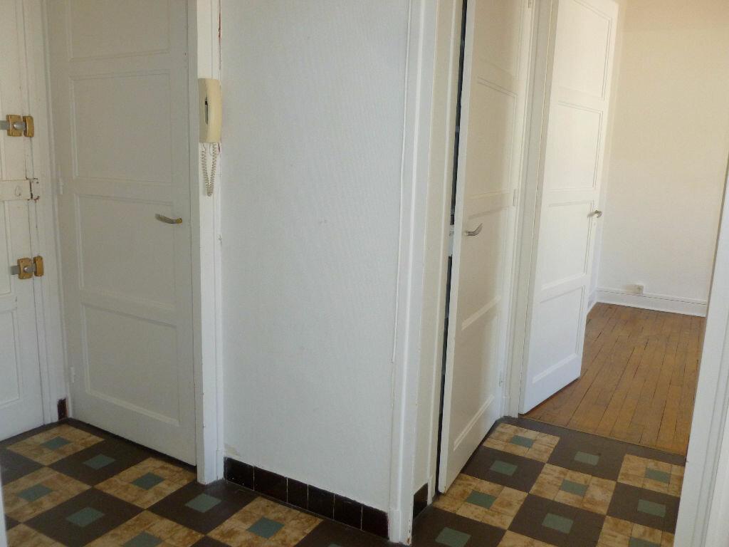 Achat Appartement 2 pièces à Saint-Étienne - vignette-7