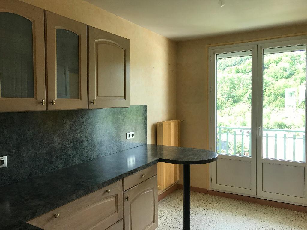 Achat Appartement 4 pièces à Saint-Étienne - vignette-5