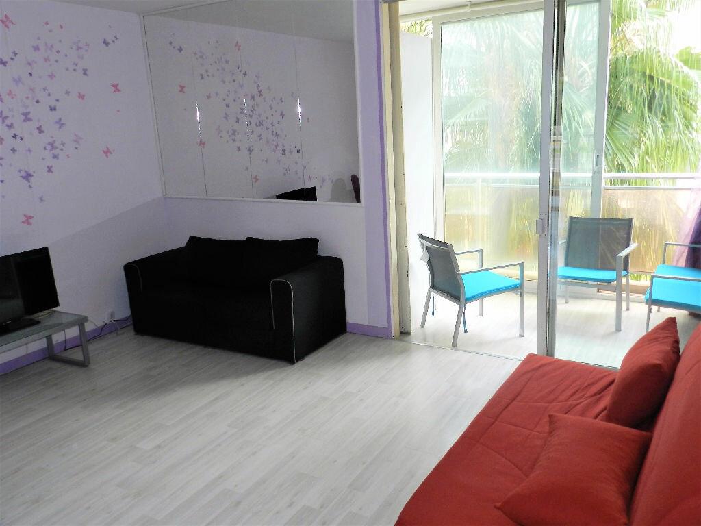 Achat Appartement 1 pièce à Saint-Laurent-du-Var - vignette-1