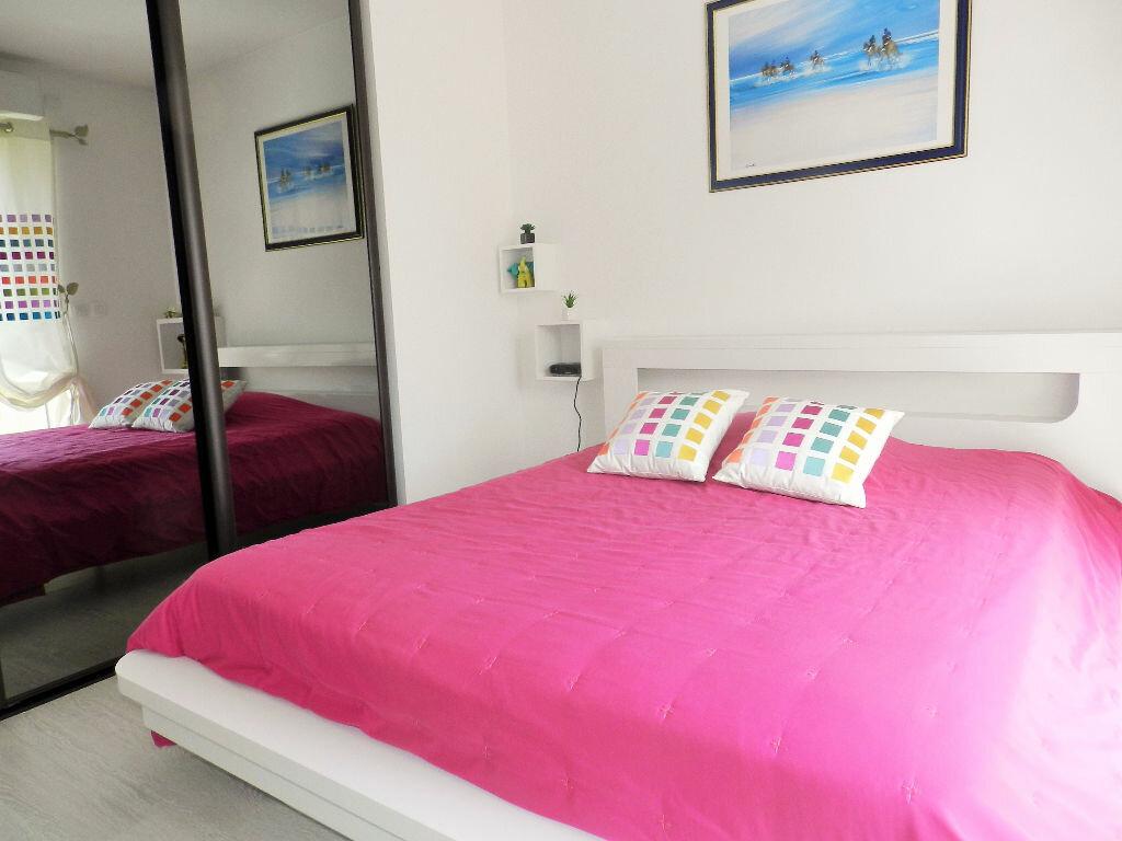 Achat Appartement 3 pièces à Cagnes-sur-Mer - vignette-2